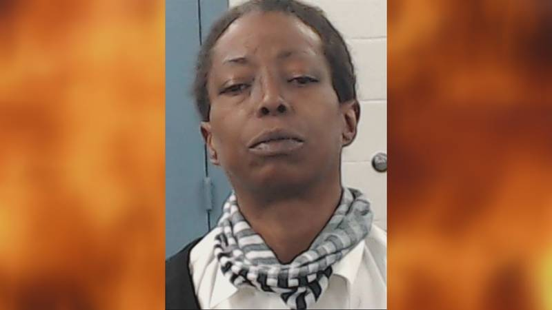 Altus police say a woman has been arrested and charged with arson after an apartment complex...