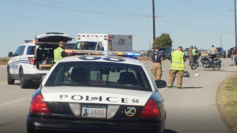 Two people are injured in an apparent street racing crash in Altus and police are searching for...